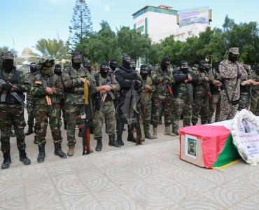 صور : جنازة عسكرية للشهيد نشأت ملحم
